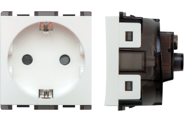 16A socket german type with shutter (white)